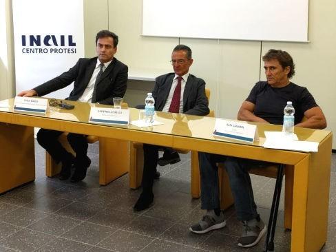 reinserimento-sociale-alex-zanardi-e-inail-lanciano-il-progetto-handbike-kneeler